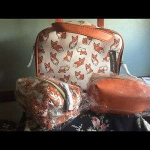 Really cute NWT 3 piece Corgi cosmetic bag set